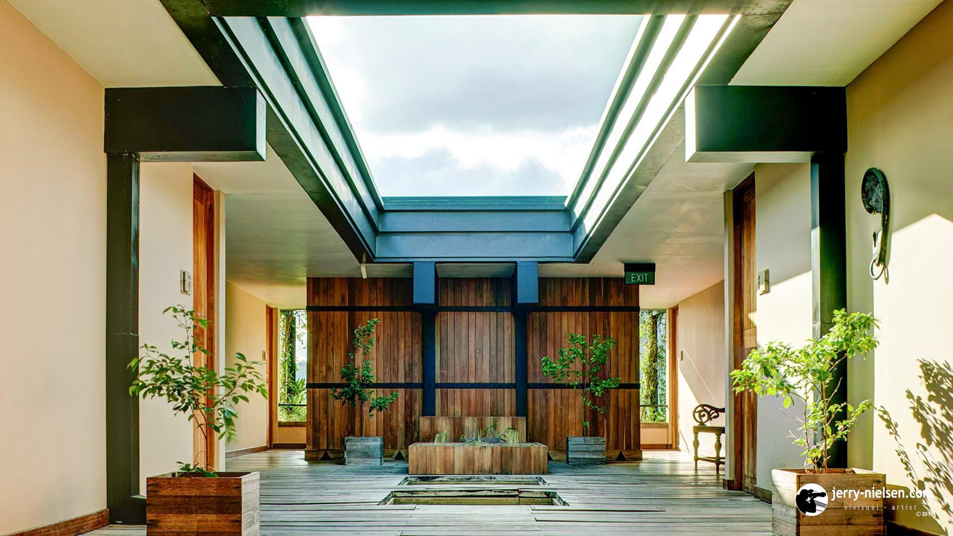 Kandalama Hotel, Massage Entrance